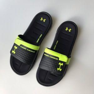 Under Armour slide sandals men's size 11